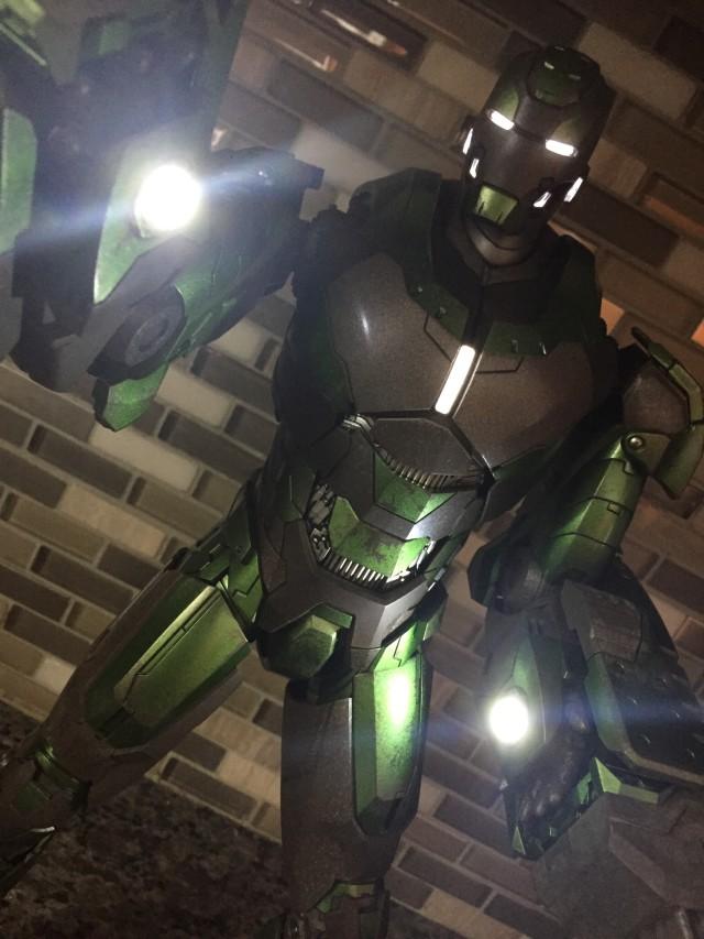 Hot Toys Iron Man Mark XXVI Gamma Armor Review