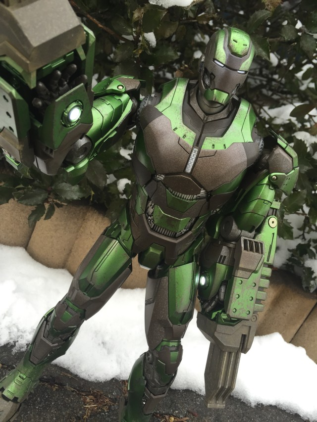 Hot Toys Gamma Iron Man Sixth Scale Figure Review