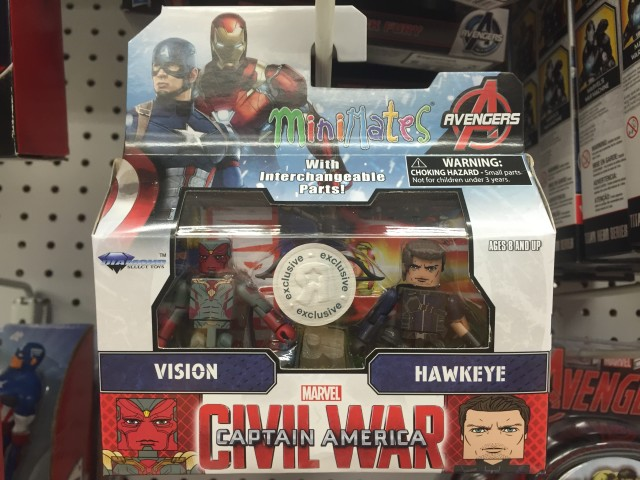 Hawkeye and Vision Civil War Minimates Figures