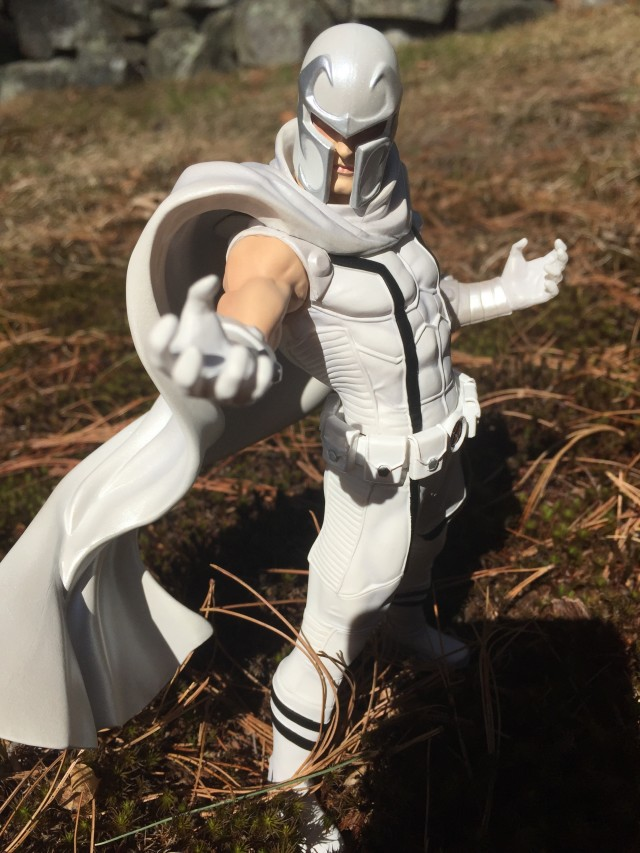 Exclusive Kotobukiya White Costume Magneto ARTFX Statue