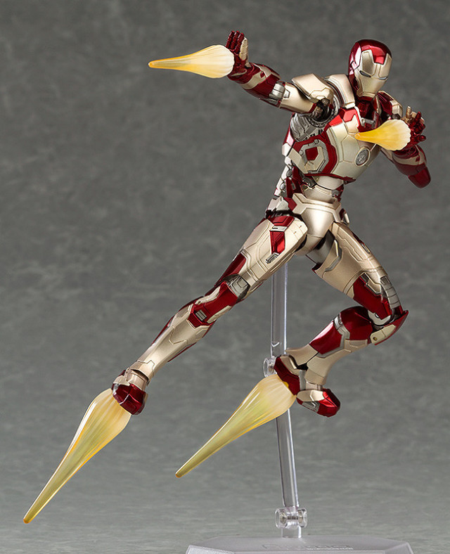Iron Man Mark 42 Figma Action Figure Flying with Effect Piecesa