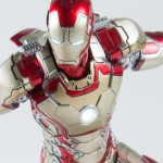 Comicave Iron Man Mark 42 Die-Cast 6″ Figure Revealed!