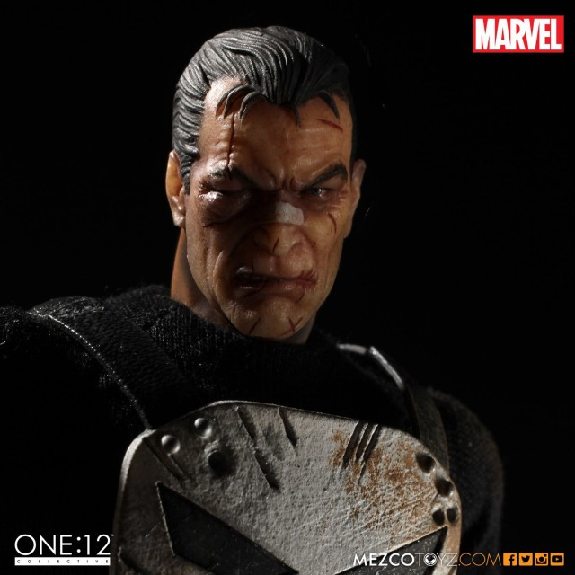 Mezco ONE 12 Collective Punisher Beaten Up Alternate Head