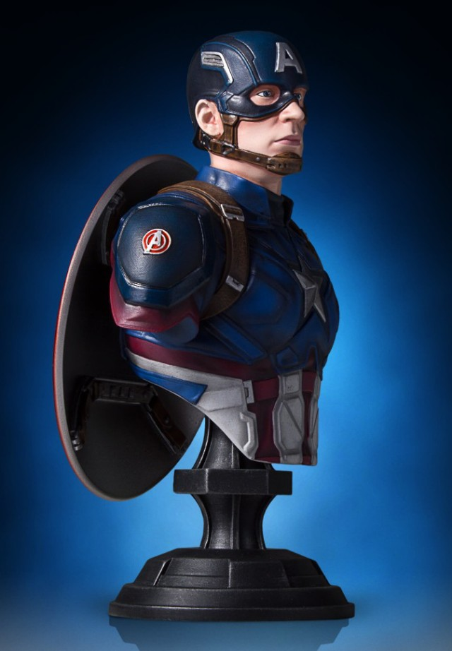 Side View of Gentle Giant Ltd Captain America Civil War Bust