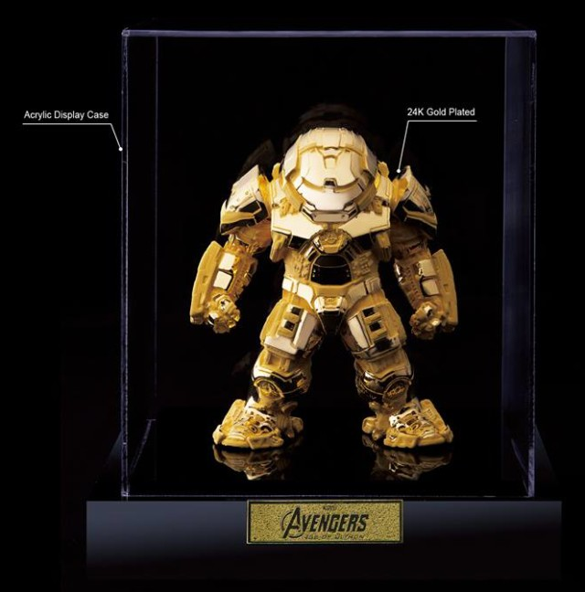 SDCC 2016 Gold Hulkbuster Iron Man Figure in Display Case