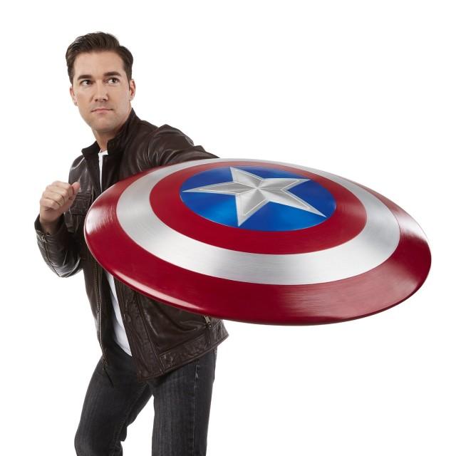 Hasbro Marvel Legends Captain America 75th Anniversary Metal Shield