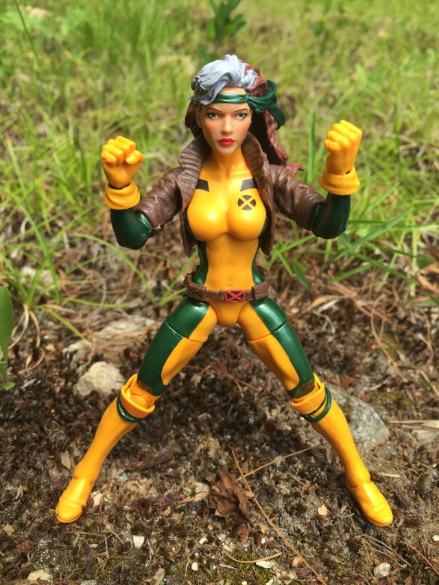 "Marvel Legends Rogue 6"" Figure with Legs Spread"