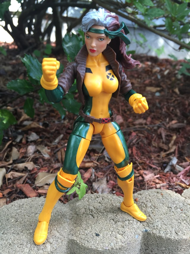 Marvel Legends 2016 Rogue Action Figure Review