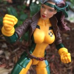 X-Men Marvel Legends Rogue 6″ Figure Review & Photos