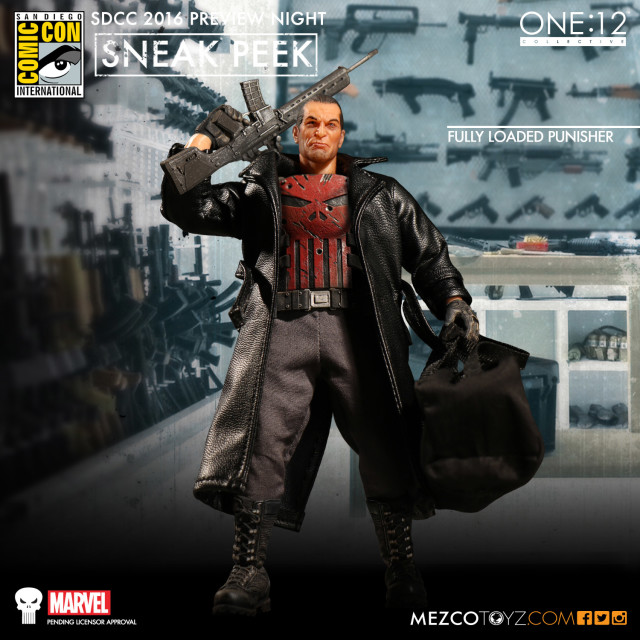 SDCC Preview Night Mezco ONE 12 Fully Loaded Punisher Figure Thunderbolts