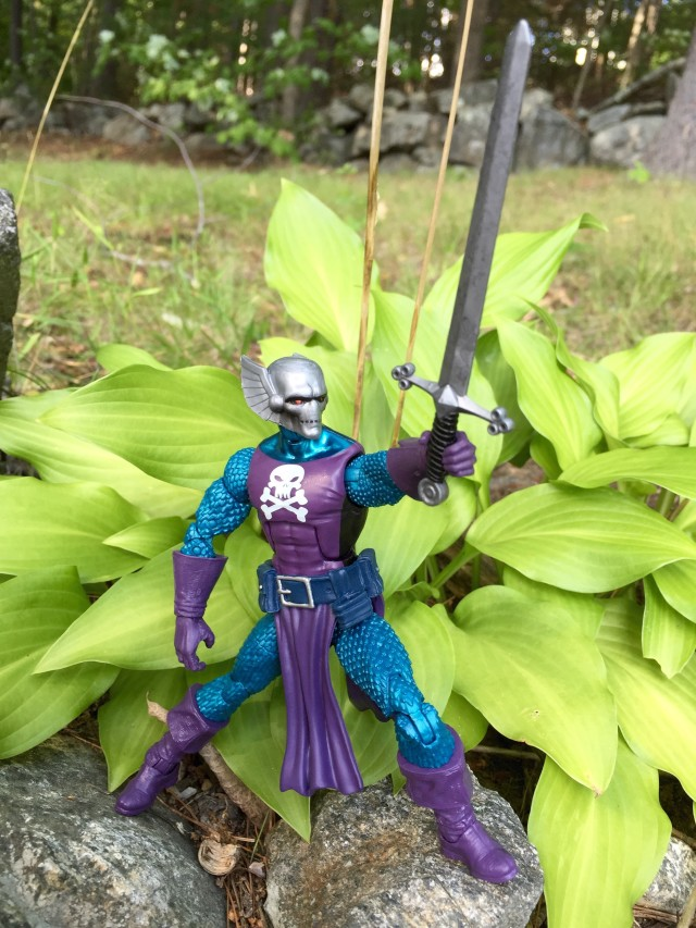 SDCC 2016 Exclusive Marvel Legends Dread Knight Figure