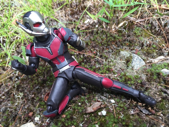 Civil War Figuarts Ant-Man Figure Articulation
