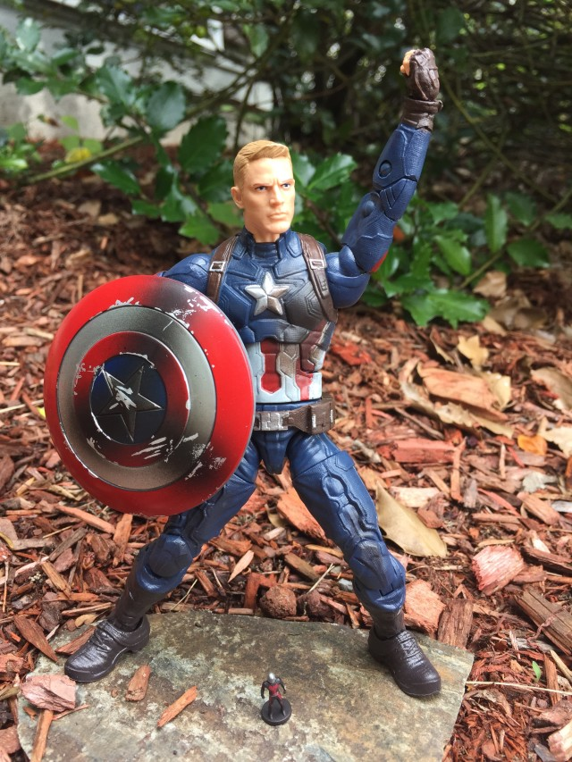 Marvel Legends Civil War Captain America with Figuarts Ant-Man Mini Figure