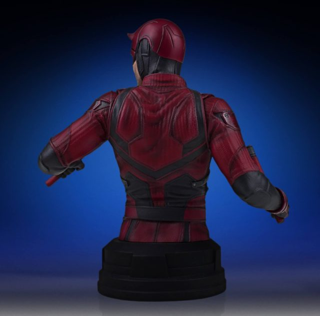 back-of-netflix-daredevil-gentle-giant-mini-bust