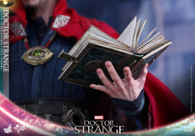 hot-toys-book-of-cagliostro-close-up-doctor-strange