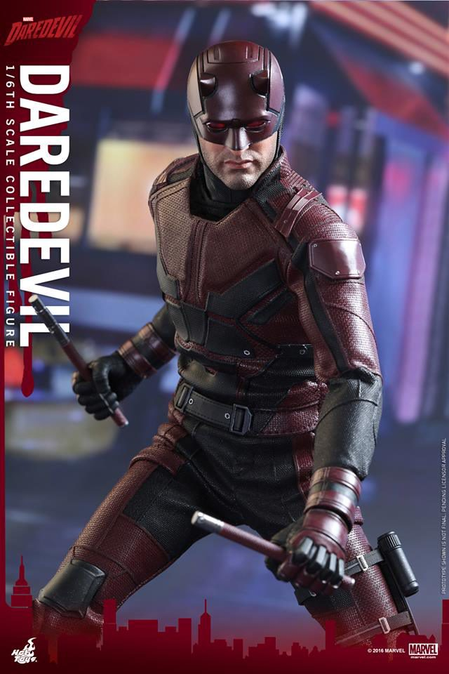 hot-toys-daredevil-sixth-scale-figure-with-billy-clubs
