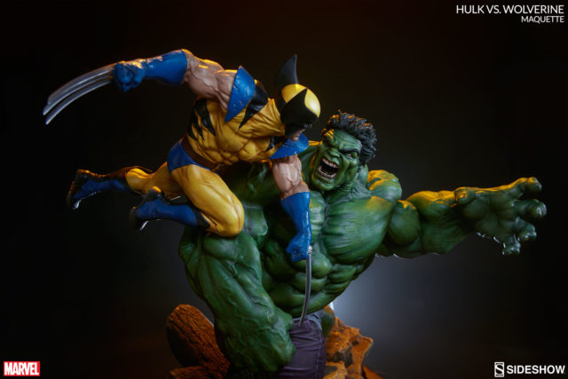 hulk-vs-wolverine-maquette-statue-sideshow-collectibles