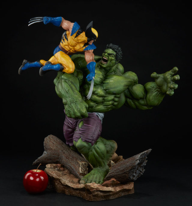 Scale Photo Sideshow Collectibles Hulk Versus Wolverine Statue