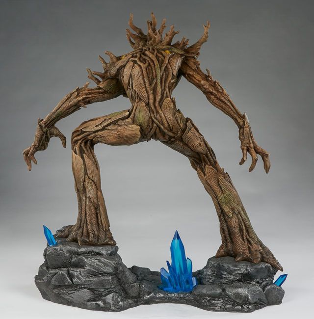 back-of-sideshow-premium-format-groot-statue