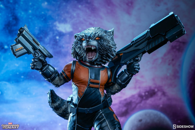 close-up-of-rocket-raccoon-sideshow-collectibles-figure