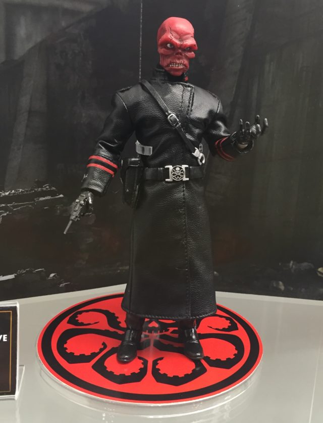Modern Red Skull Trenchcoat NYCC 2016 Mezco Toyz