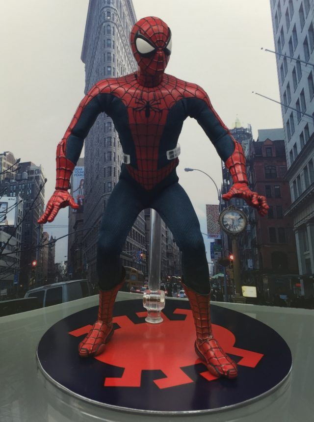 Spider-Man Mezco ONE 12 Collective Figure