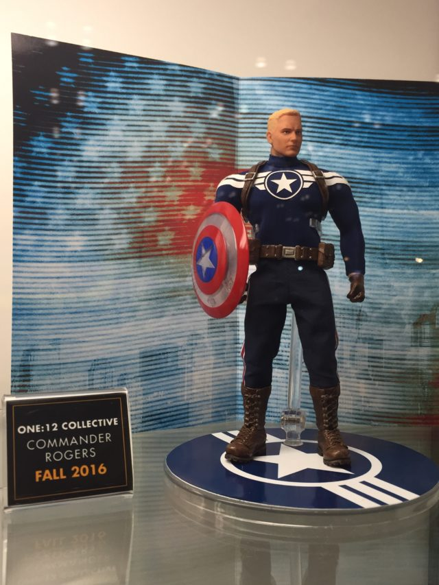NYCC 2016 Mezco ONE 12 Collective Commander Rogers