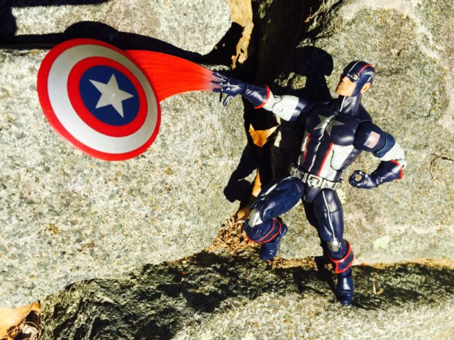 Marvel Legends Secret War Captain America Throwing Shield