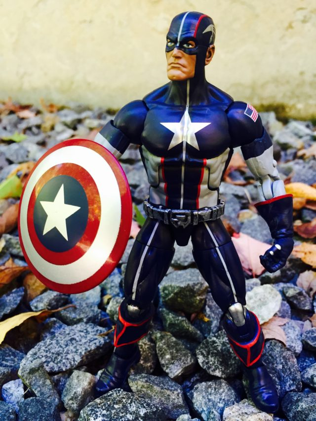 Front of Captain America Legends Secret War Cap Figure