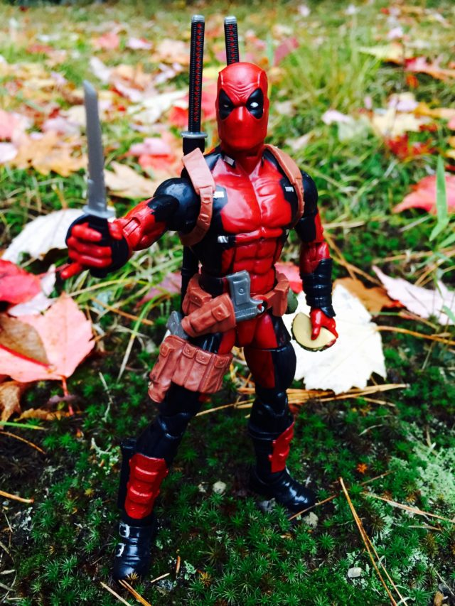 Deadpool Marvel Legends 2016 Figure Holding Knife