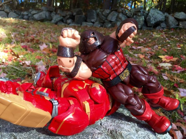 Hasbro Juggernaut Legends Figure VS Hulkbuster Iron Man BAF