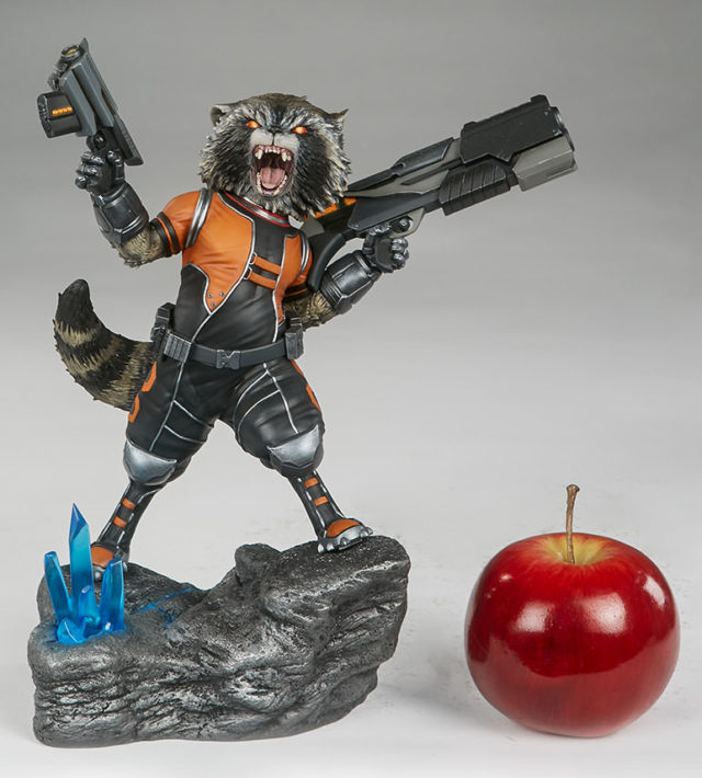 rocket-raccoon-premium-format-statue-scale-photo