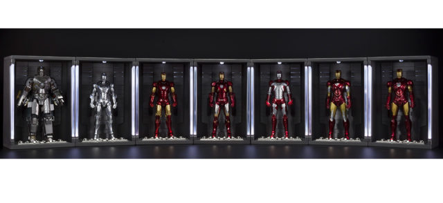 sh-figuarts-hall-of-armor-display-with-iron-man-mark-1-through-mark-7-figures