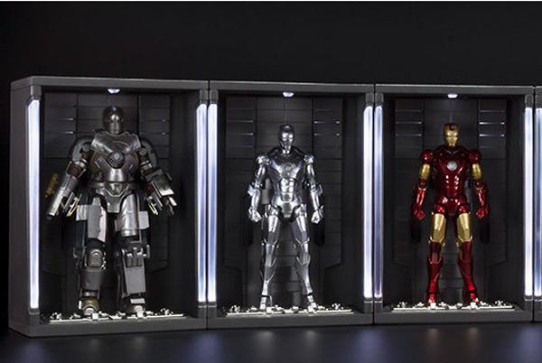 sh-figuarts-iron-man-mark-1-figure-in-hall-of-armor