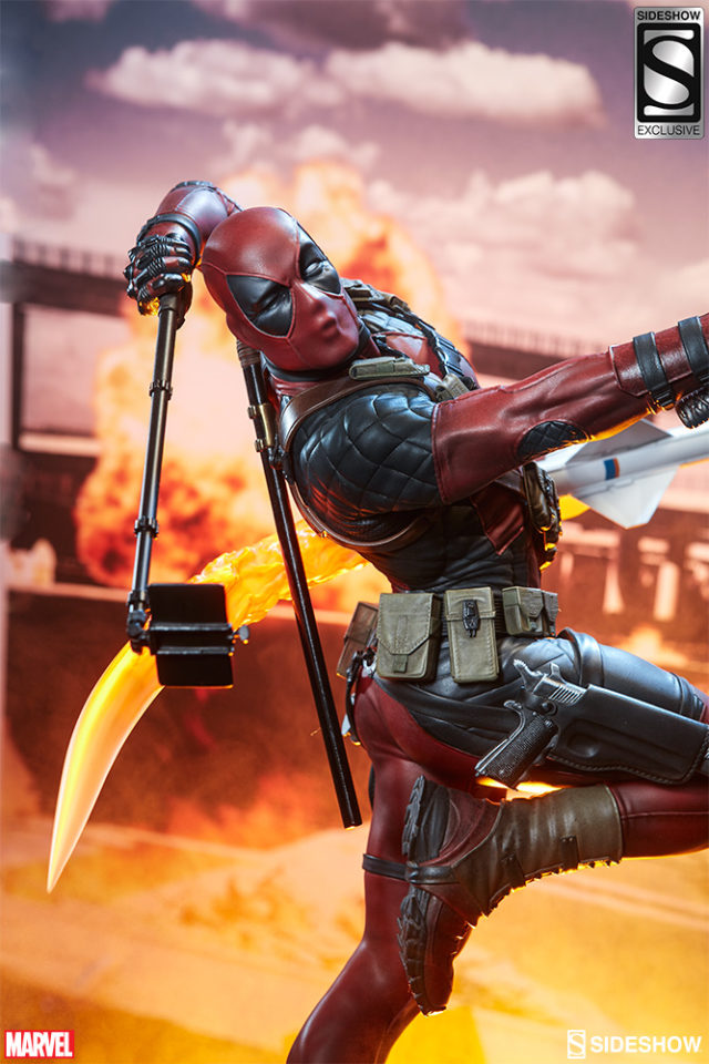 sideshow-exclusive-heatseeker-deadpool-kissing-face-and-selfie-stick