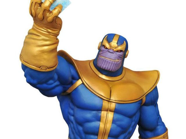 close-up-of-diamond-select-toys-thanos-statue-2017