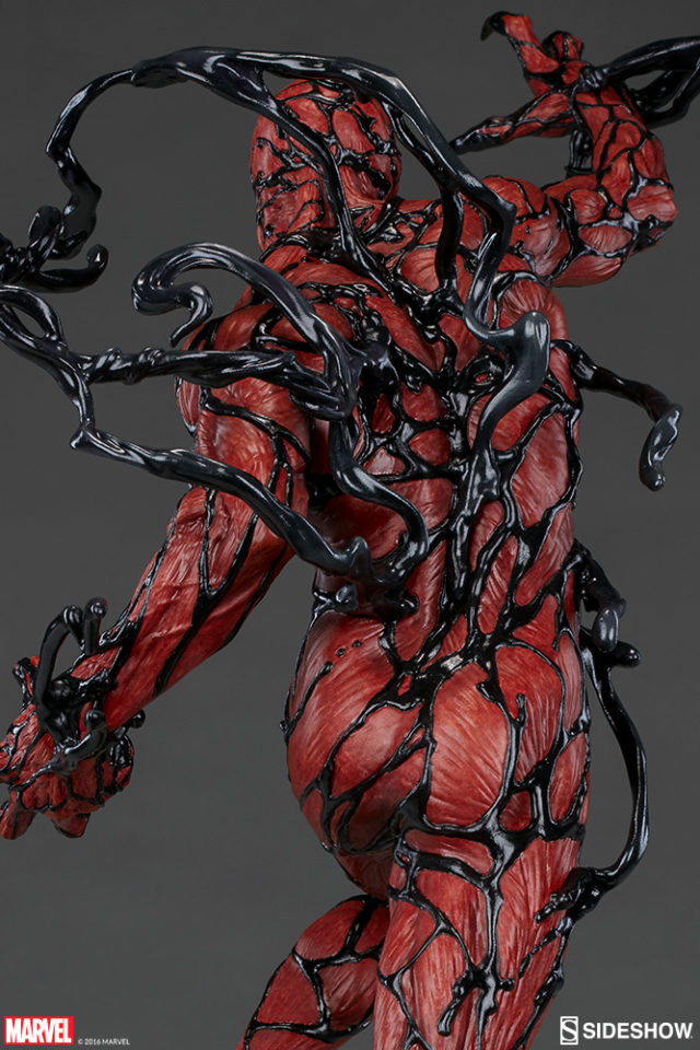 close-up-on-black-tendrils-on-carnage-sideshow-collectibles-statue