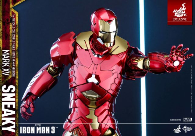 exclusive-hot-toys-retro-iron-man-figure-repulsor-blast