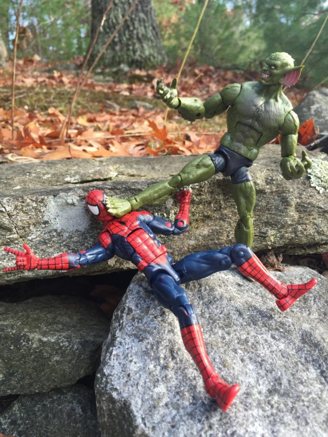 Marvel Legends 2017 Jackal Choking Spider-Man