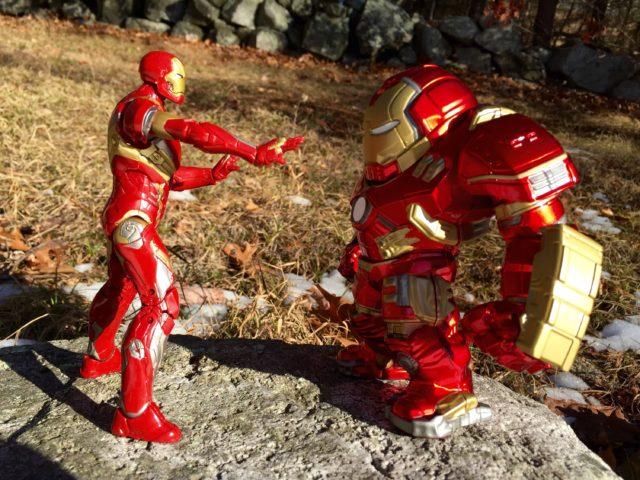 Marvel Legends Iron Man Mark 43 vs. Jada Hulkbuster Metals Die-Cast Figure