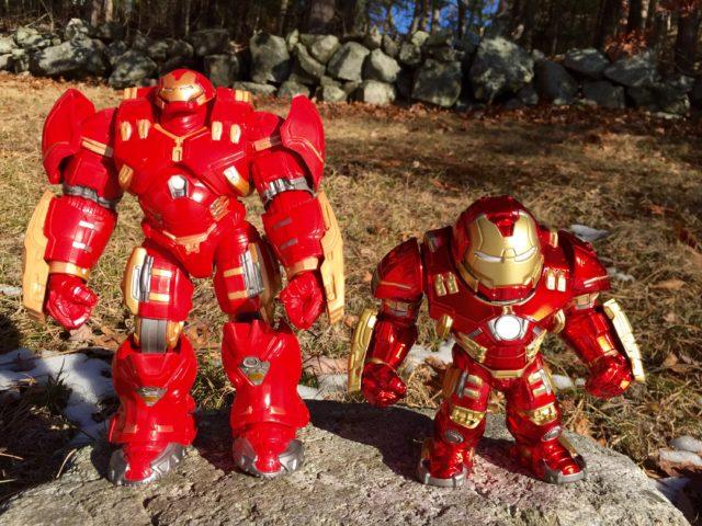 Comparison Marvel Legends Hulkbuster vs. Jada Metals Hulkbuster