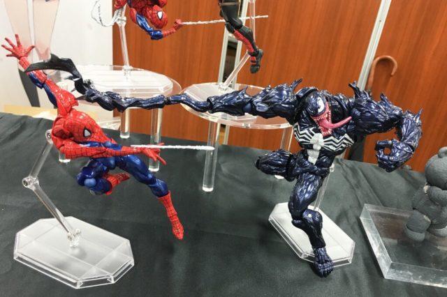 revoltech-venom-vs-spider-man-figure-amazing-yamaguchi-amecomic