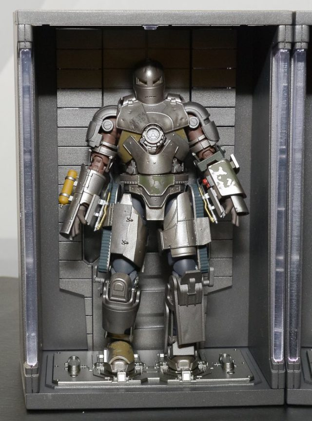 sh-figuarts-iron-man-mark-i-figure-tokyo-comic-con-2016sh-figuarts-iron-man-mark-i-figure-tokyo-comic-con-2016