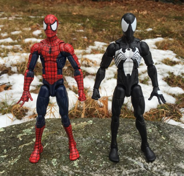 Marvel Legends 2017 Symbiote Spider-Man Comparison with Pizza Spidey The Raft