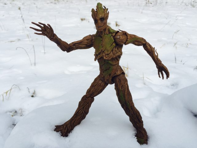 Hasbro Groot Legends Build-A-Figure Running in Snow