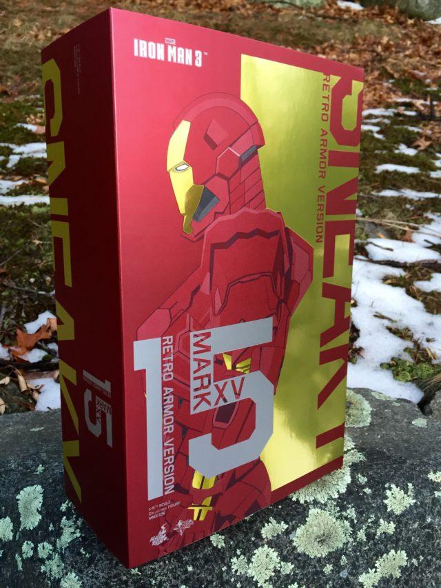 Hot Toys Sneaky Iron Man Mark XV Retro Armor Slipcover