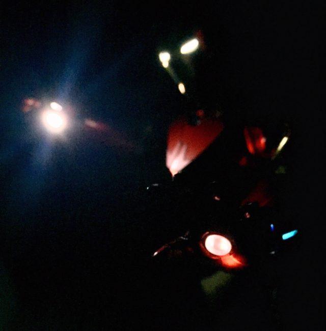 Lights on Hot Toys MMS396 Iron Man Sneaky Retro Chrome Figure