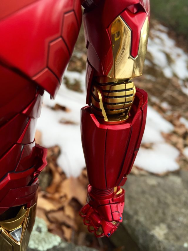 Chrome Paint on Hot Toys Iron Man Retro Mark 15 Armor Arm