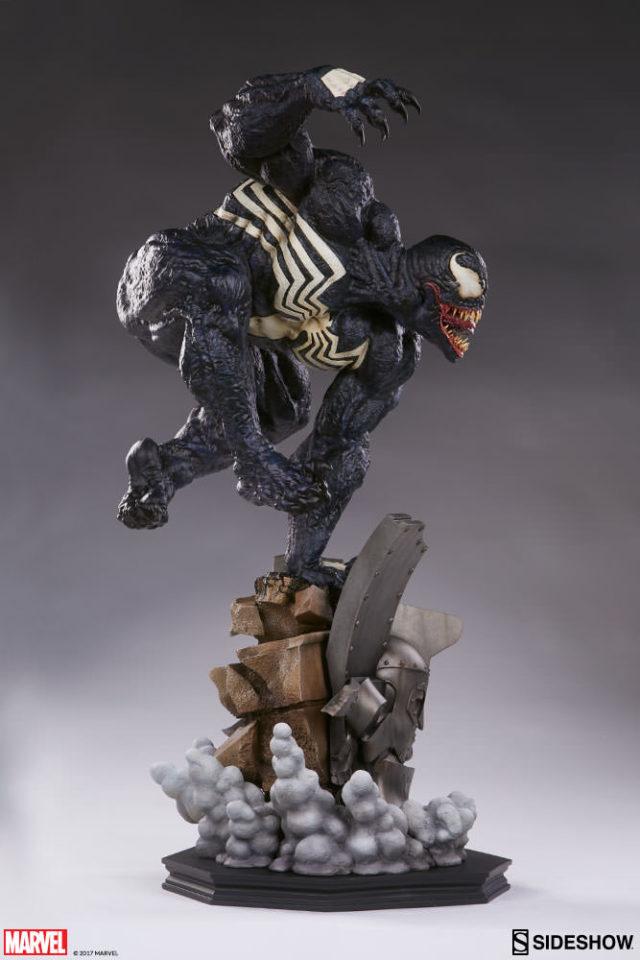Premium Format Figure Venom Quarter Scale Statue