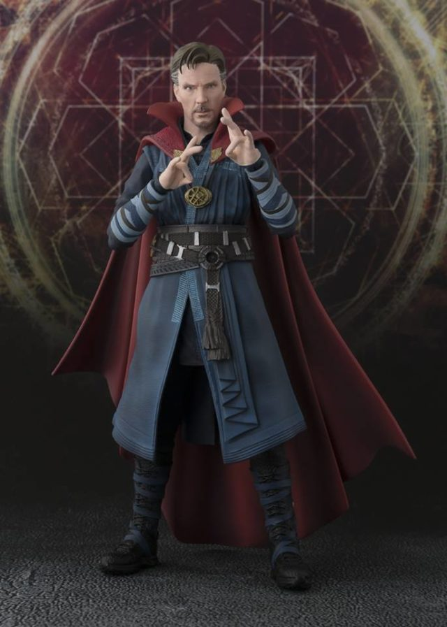 S.H. Figuarts Dr Strange Bandai Figure with Spellcasting Hands